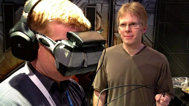 John Carmack mostrando el prototipo de Palmer