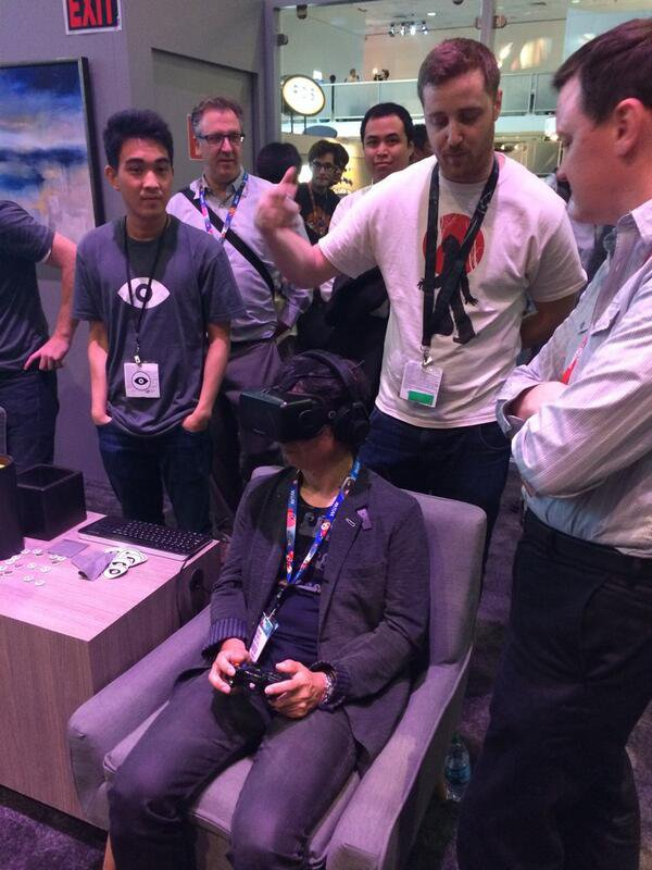 Miyamoto probando el Oculus Rift DK2
